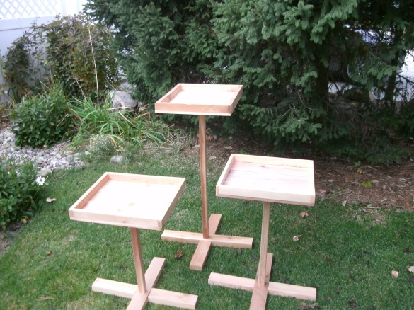 Diy wood bird feeder plans download simple sitting bench for How to build a bird feeder easy